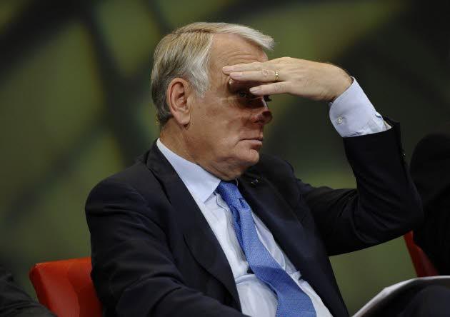 le-premier-ministre-jean-marc-ayrault-a-annonce-sa-decision-de-suspendre-l-application-de-l-ecotaxe